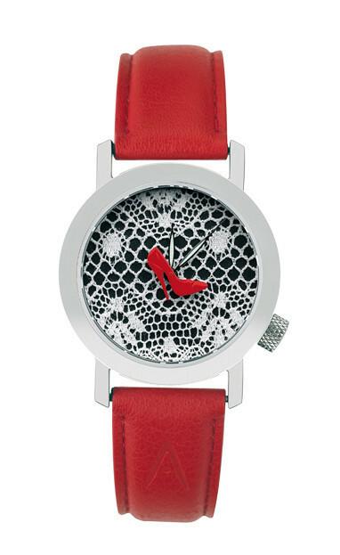 Akteo Horloge Red Pumps
